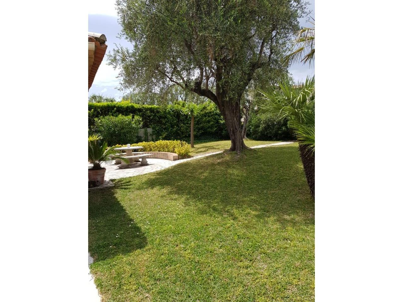 villa 6 rooms for sale Nice Gairaut