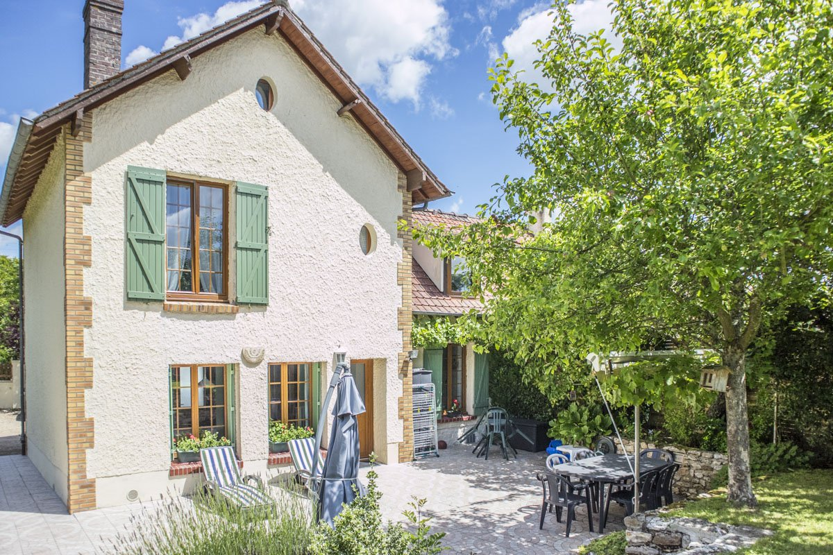 Maison ancienne rénovée proche Montfort l'Amaury