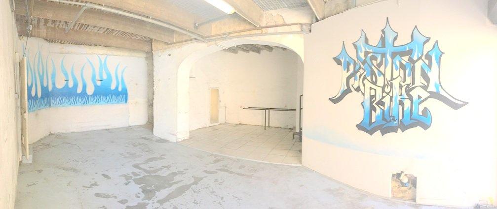 T3 avec garage de 60 m2 avec un accès sur la cour FORT POTENTIEL