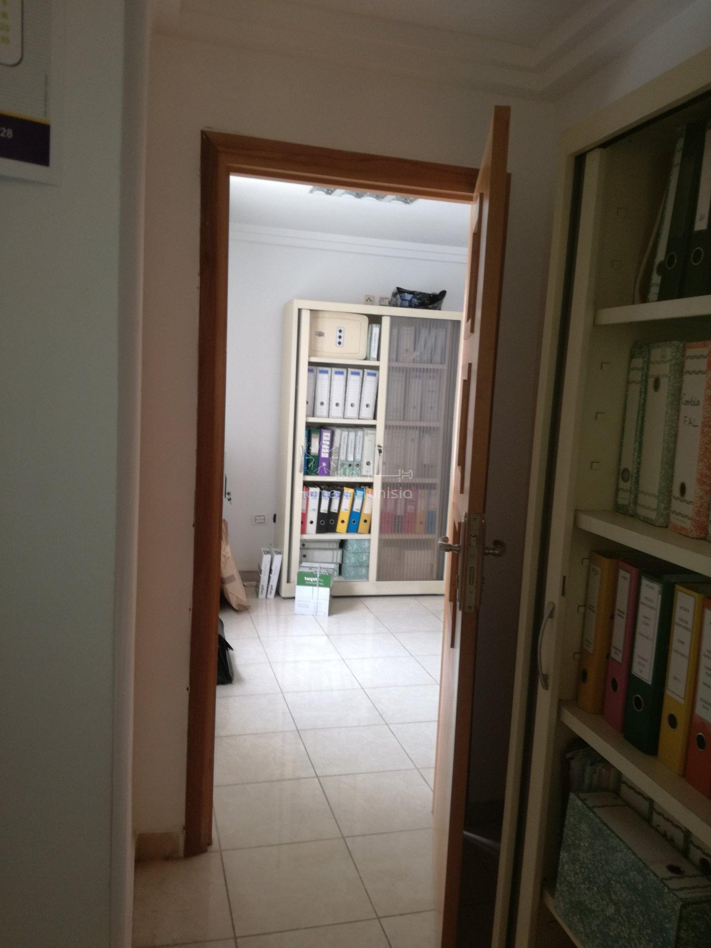 Appartement a usage bureautique