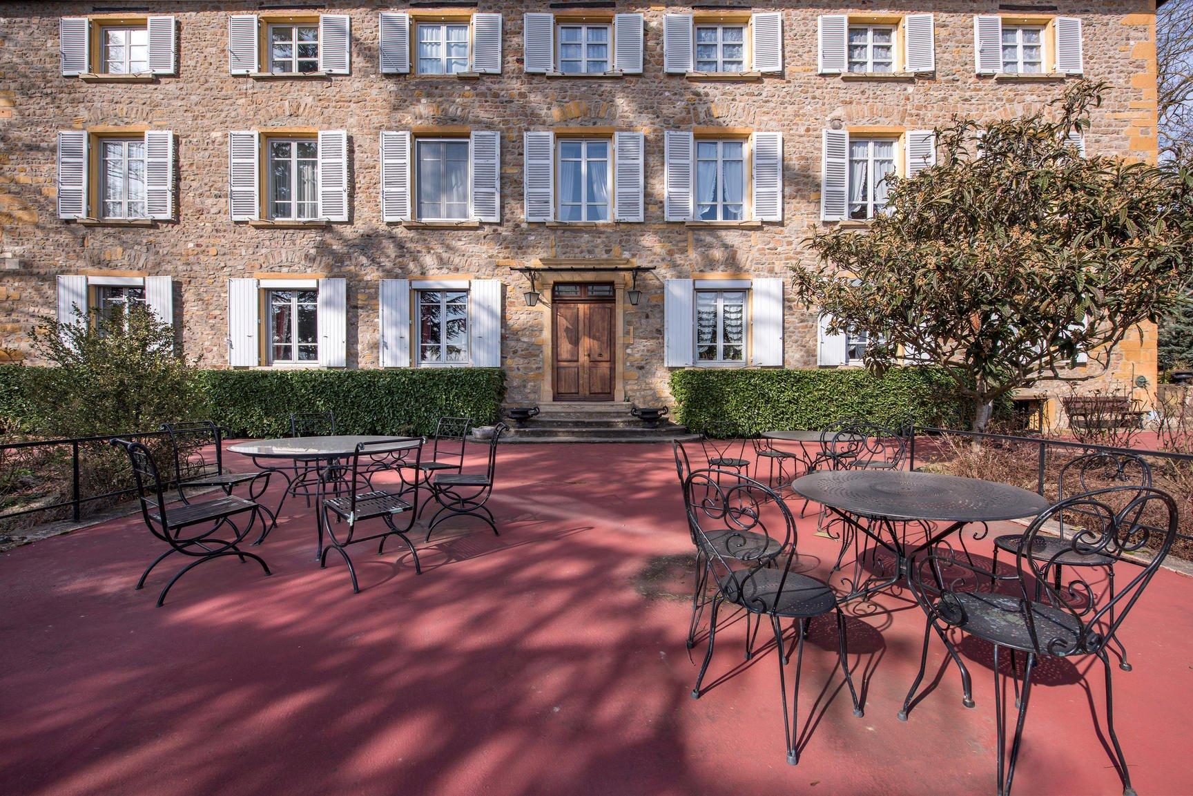Duplex de 200 m² avec 1800 m² de jardin privatif