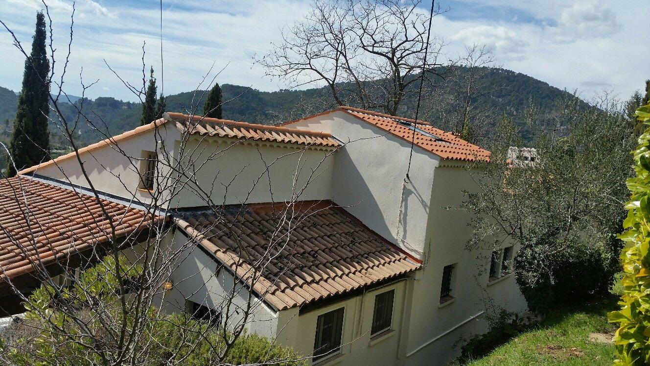 Exclusivité  - Claviers - Villa exposée sud-ouest - Piscine