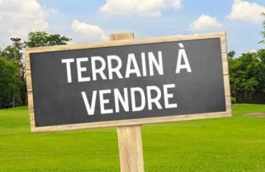 LE BREUIL - TERRAIN A BATIR