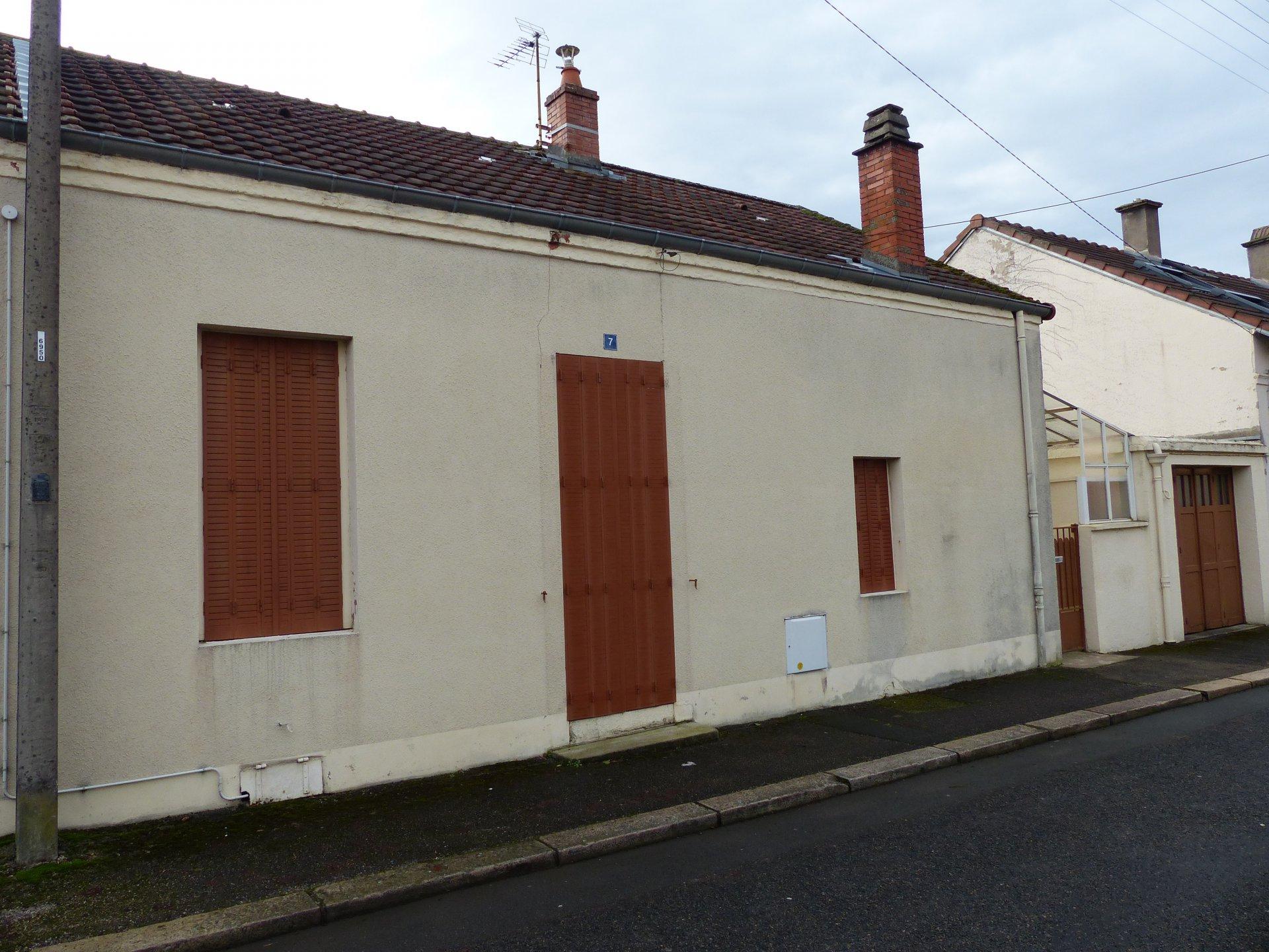 Le Creusot quartier St Henri, MAISON DE VILLE