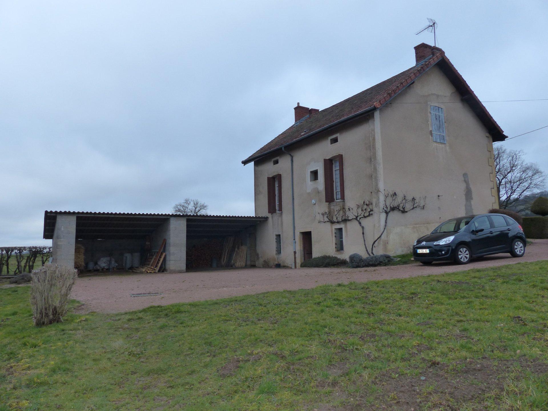 St Symphorien de Marmagne, MAISON EN PIERRE