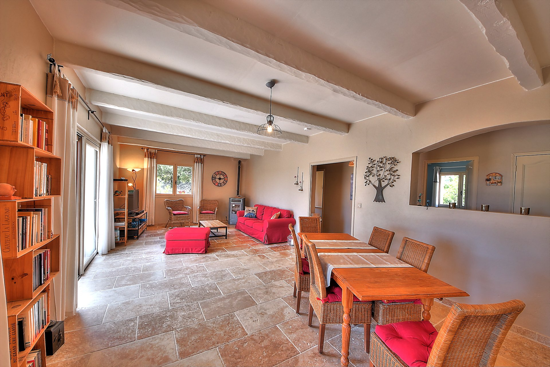 Montmeyan, nice house with pool and superb view Var Provence
