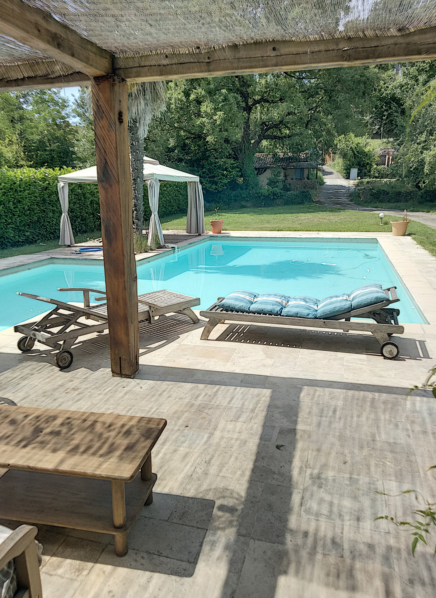 SAINT PAUL DE VENCE (06570) - MAISON 173M2 - 6 PIECES - PISCINE - DEPENDANCE