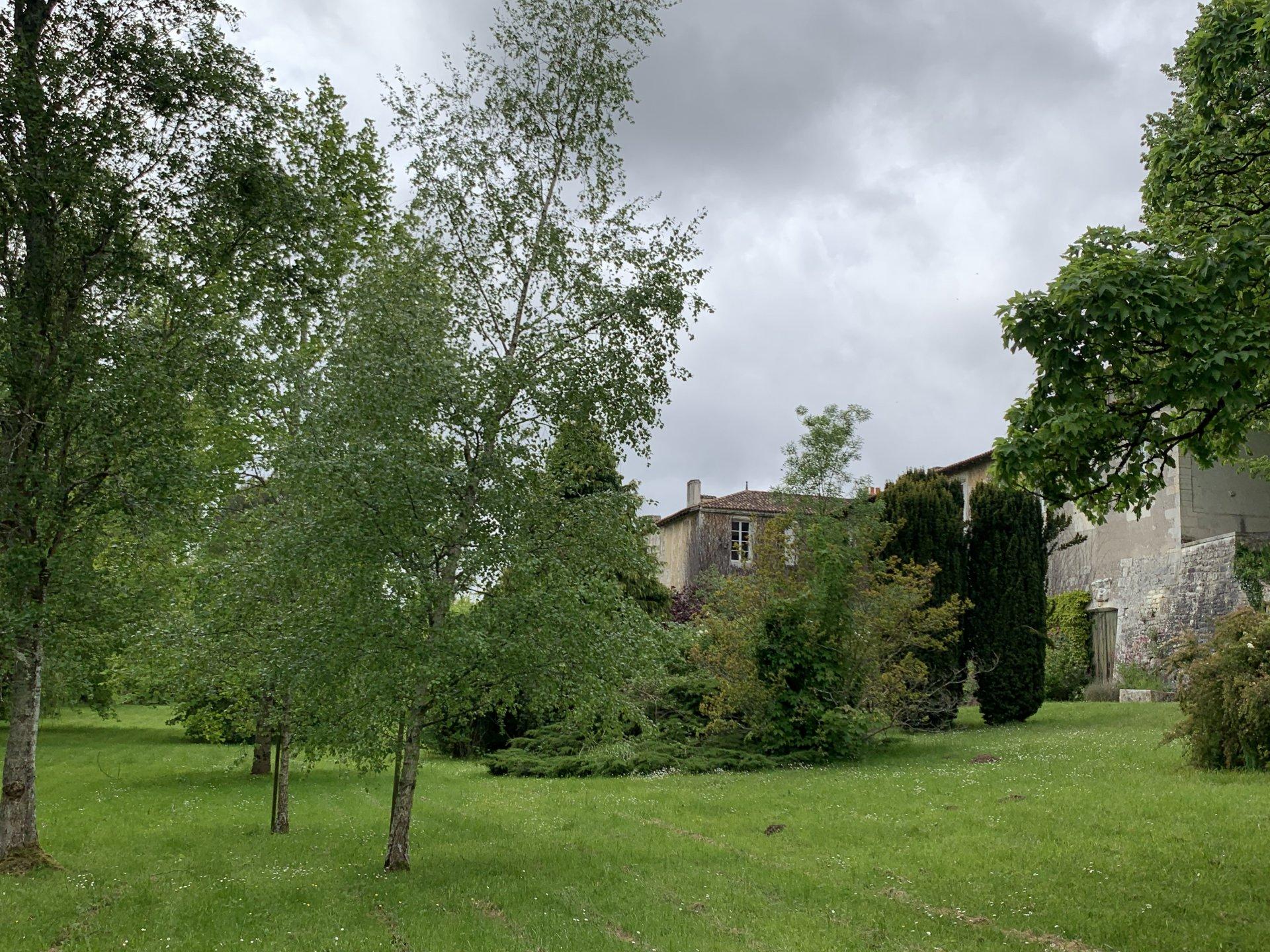 Sale Property - Port-d'Envaux