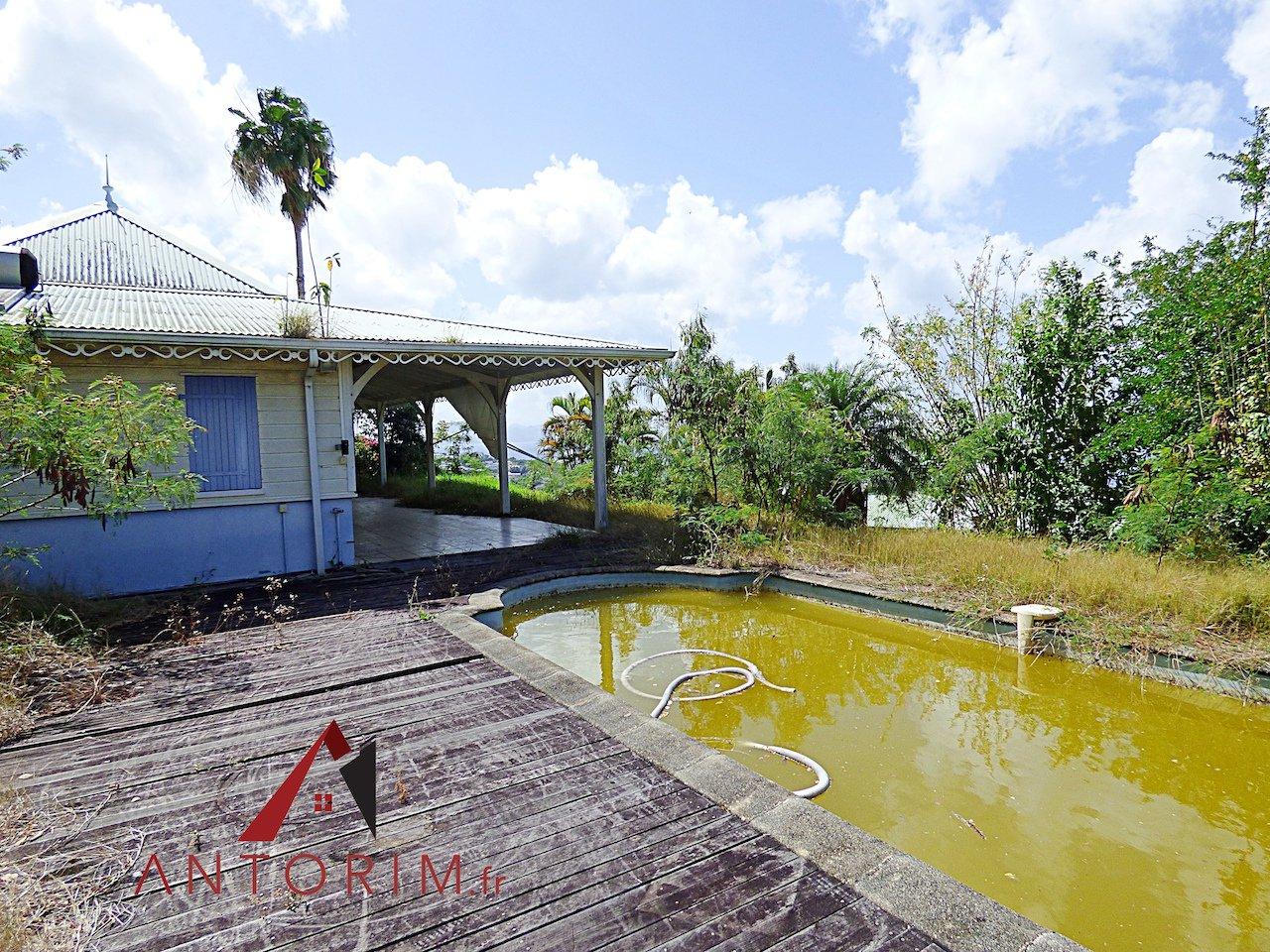 Case Pilote : Villa à rénover - Emplacement de Premier Choix - Vue Mer