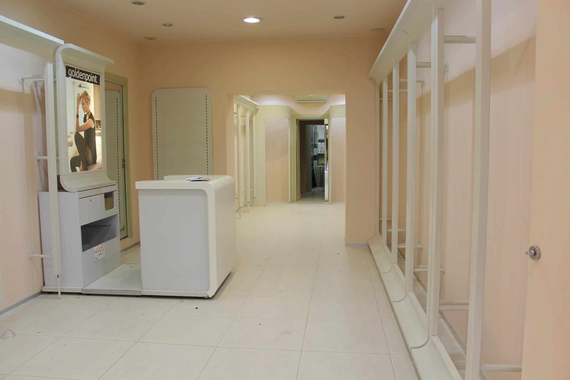 Location Commerce - Vintimille (Ventimiglia) Centro Commerciale - Italie