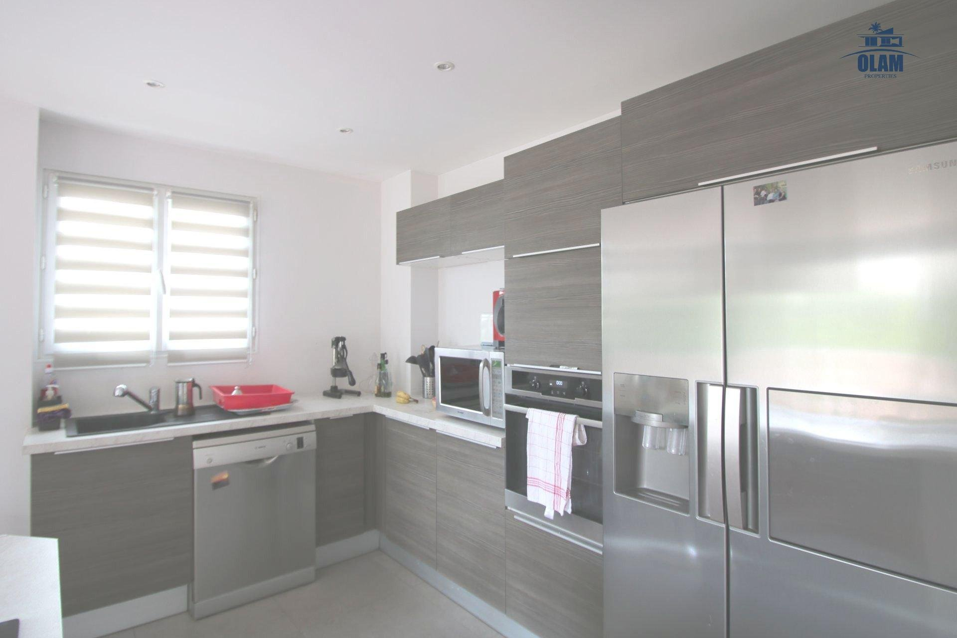 Le Cannet: pretty house located in Cannes's height, 2 bedrooms, garden and barbecue