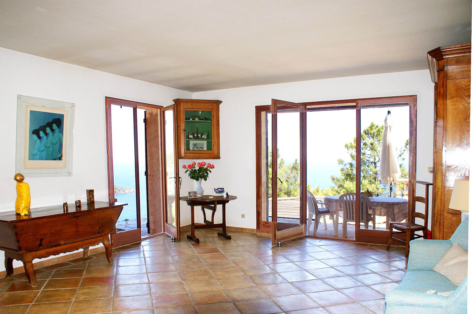 Fantastic location, breathtaking view: 2 houses between the sea and the mountains