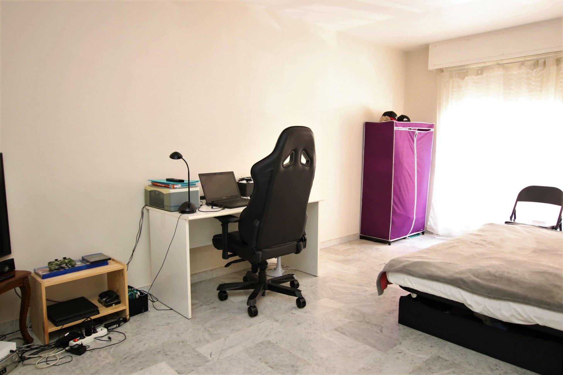 Nice Saint Sylvestre appartement 2 pièces
