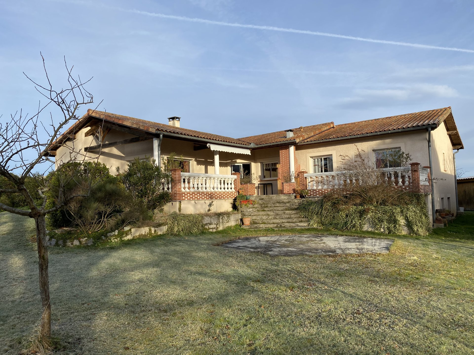 Sale Property - Estadens