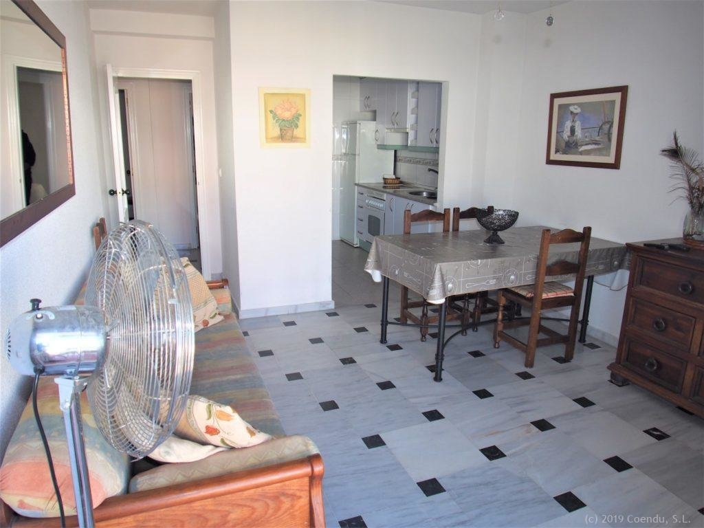 Cosy apartment close to beach