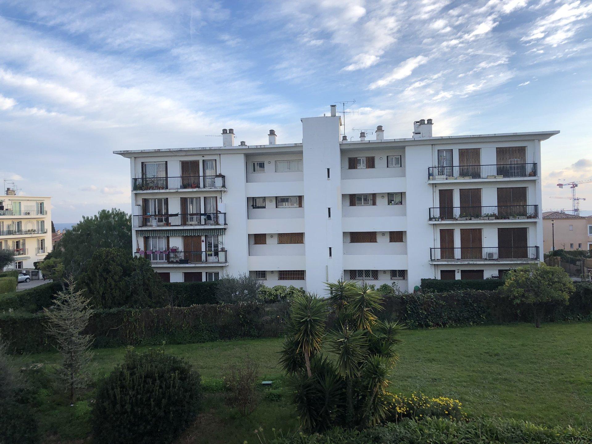 location Nice, 3 pièces meublé 66.66m² secteur Caucade