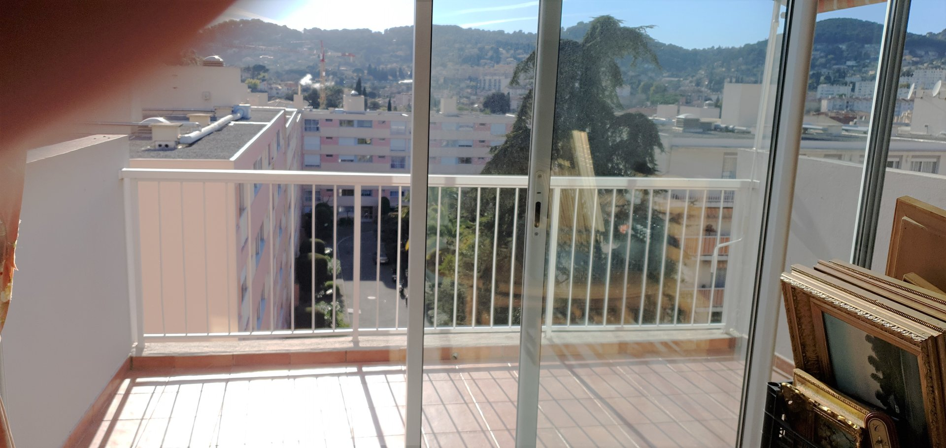 Bel appartement en dernier étage à vendre sur la Côte d'Azur