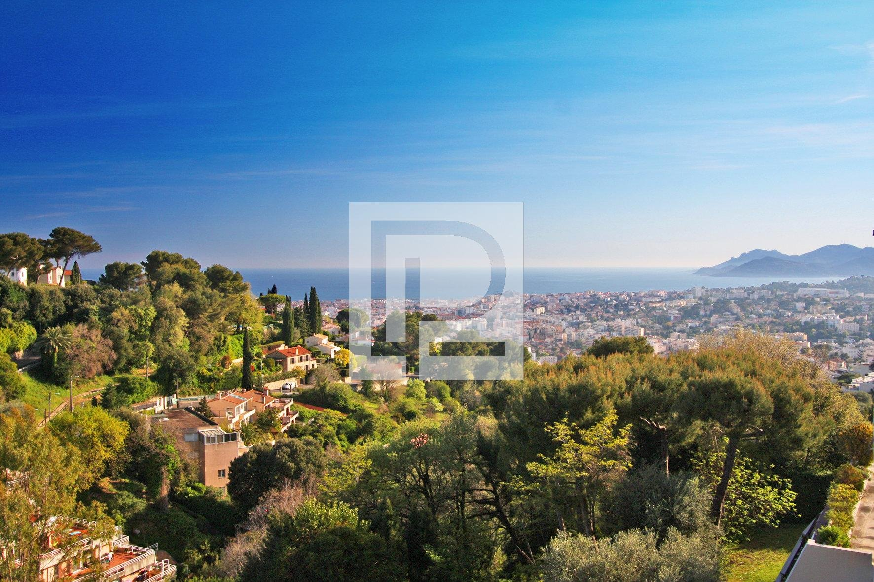 High standing 3 bedroom apartment and panoramic view