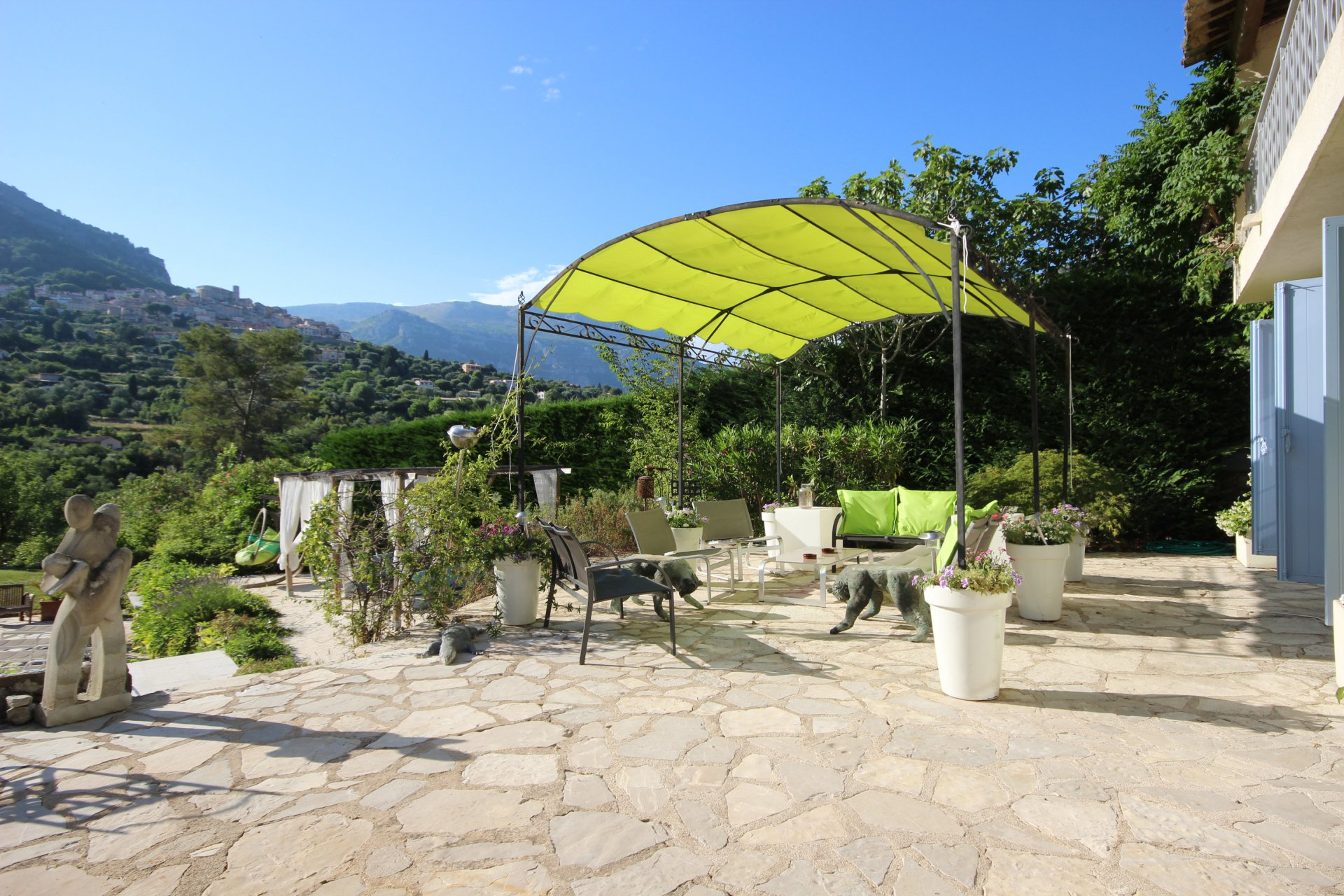 Bar-Sur-Loup - Family Villa with Mountain and Village Views