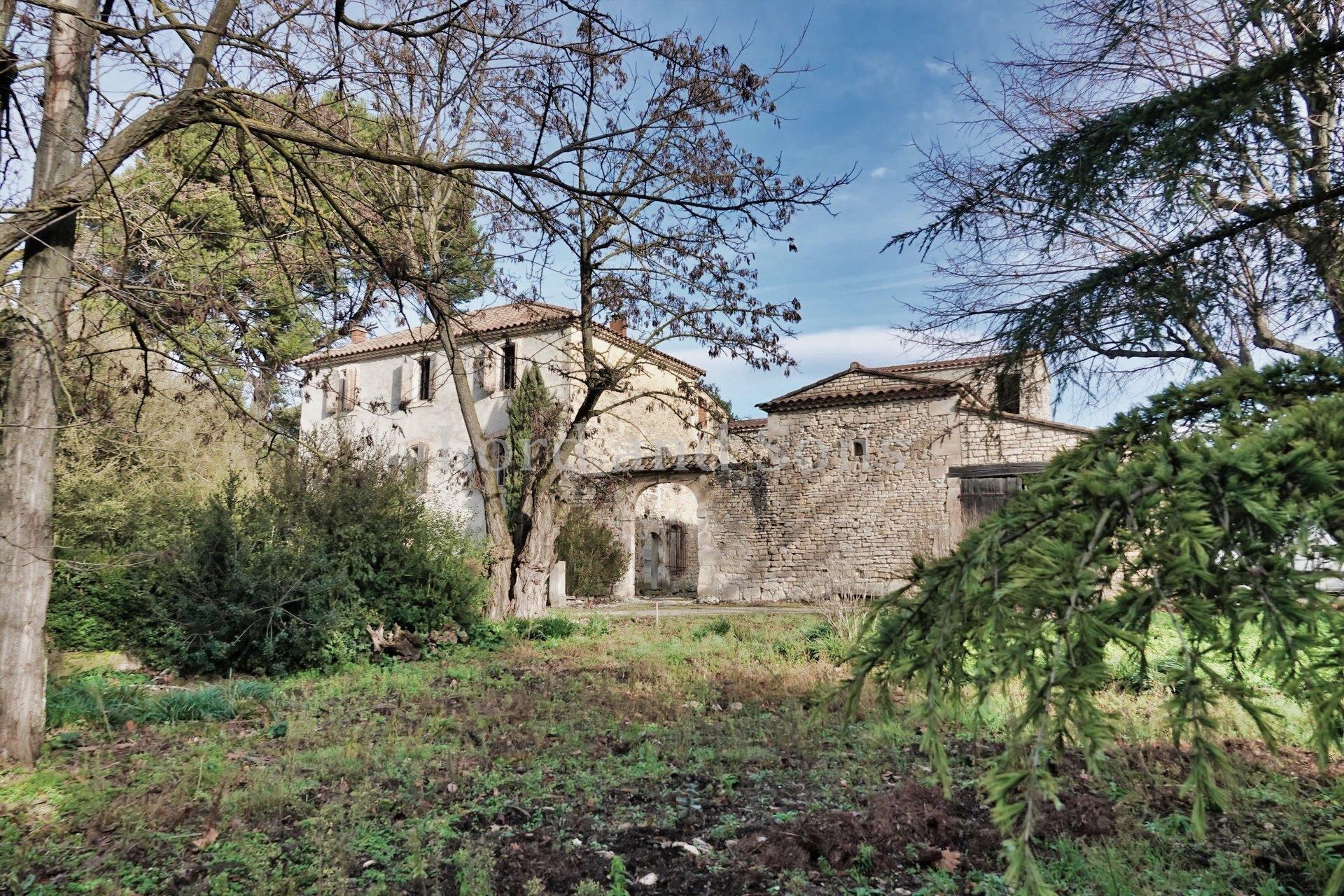 Bastide a vendre a Saint-Didier