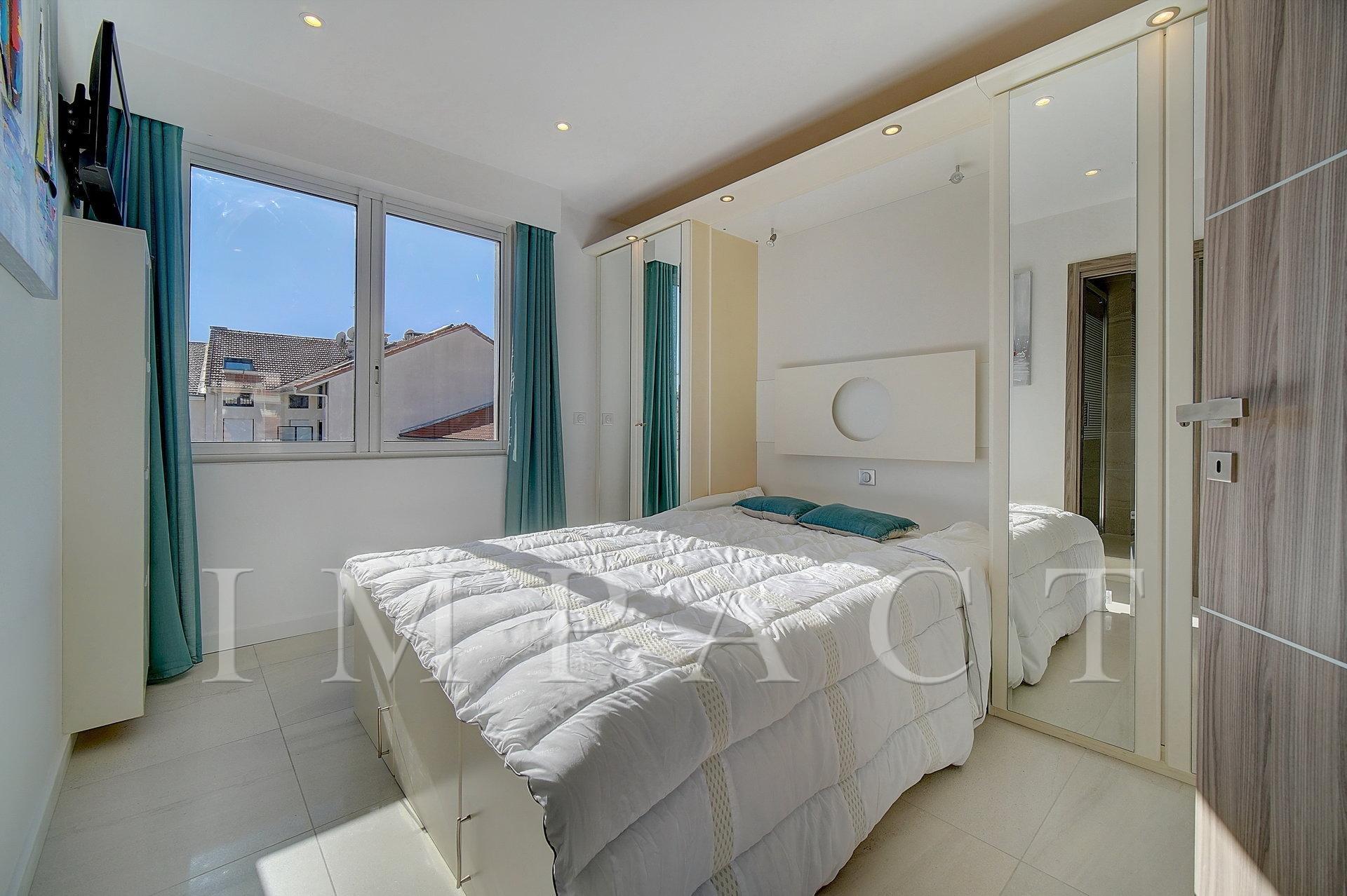 Location Saisonnière 5 pièces rénové - Centre Cannes