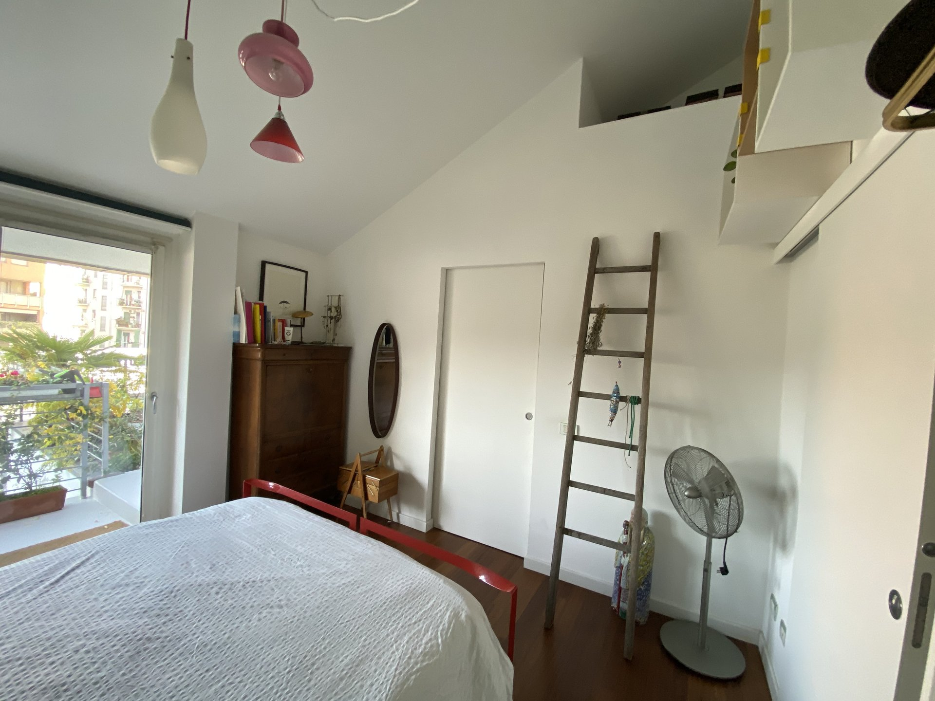 Appartamento su due livelli con terrazzo