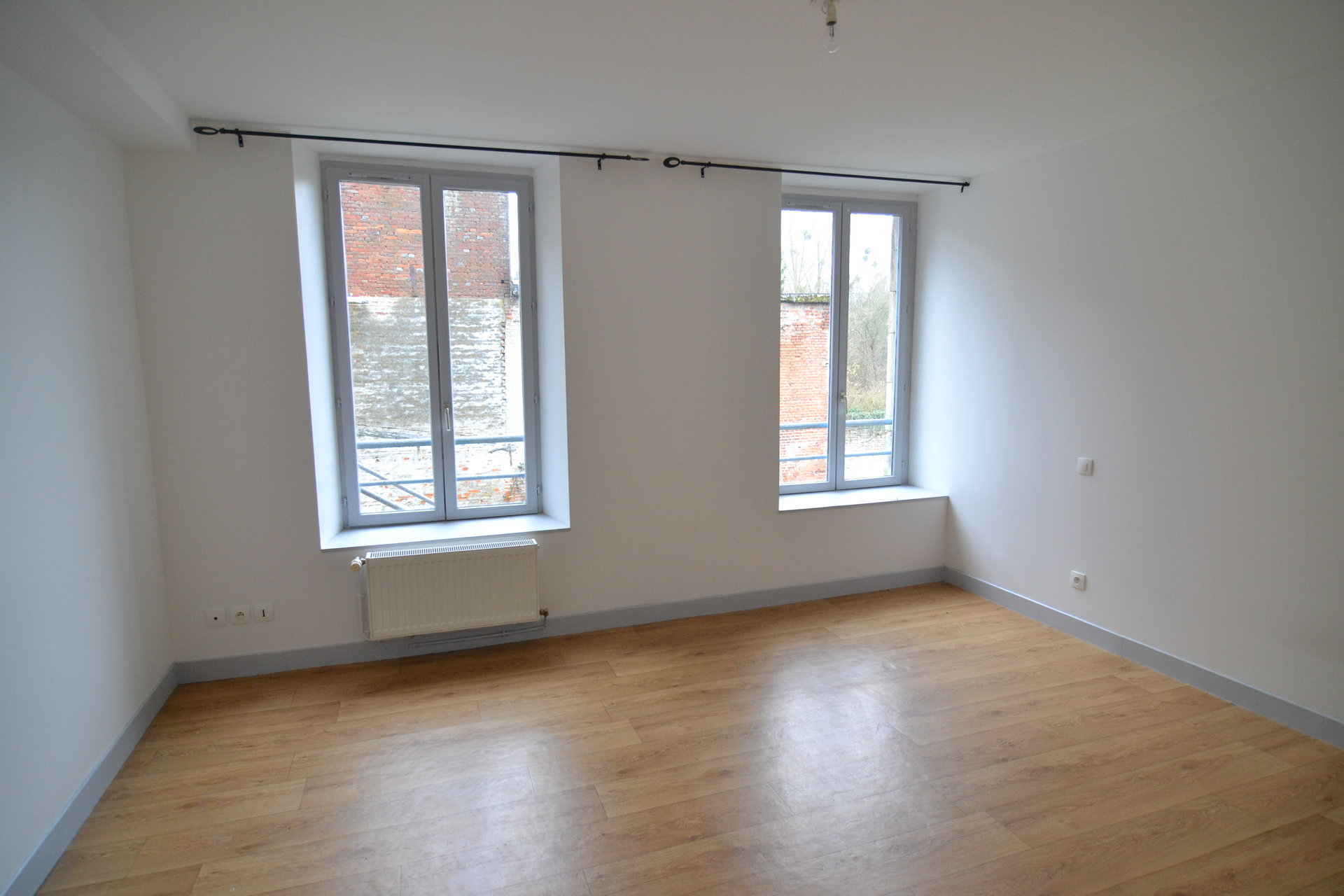 Sale Building - Aubenton