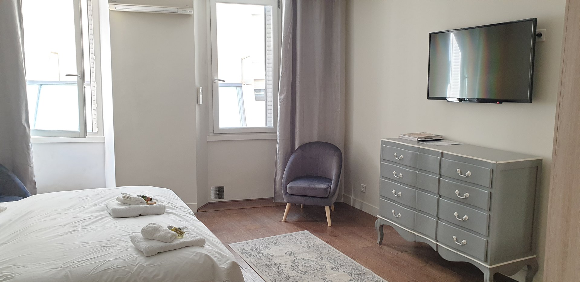 congress rental apartment 1 bedroom center of Cannes 300m from the Palais