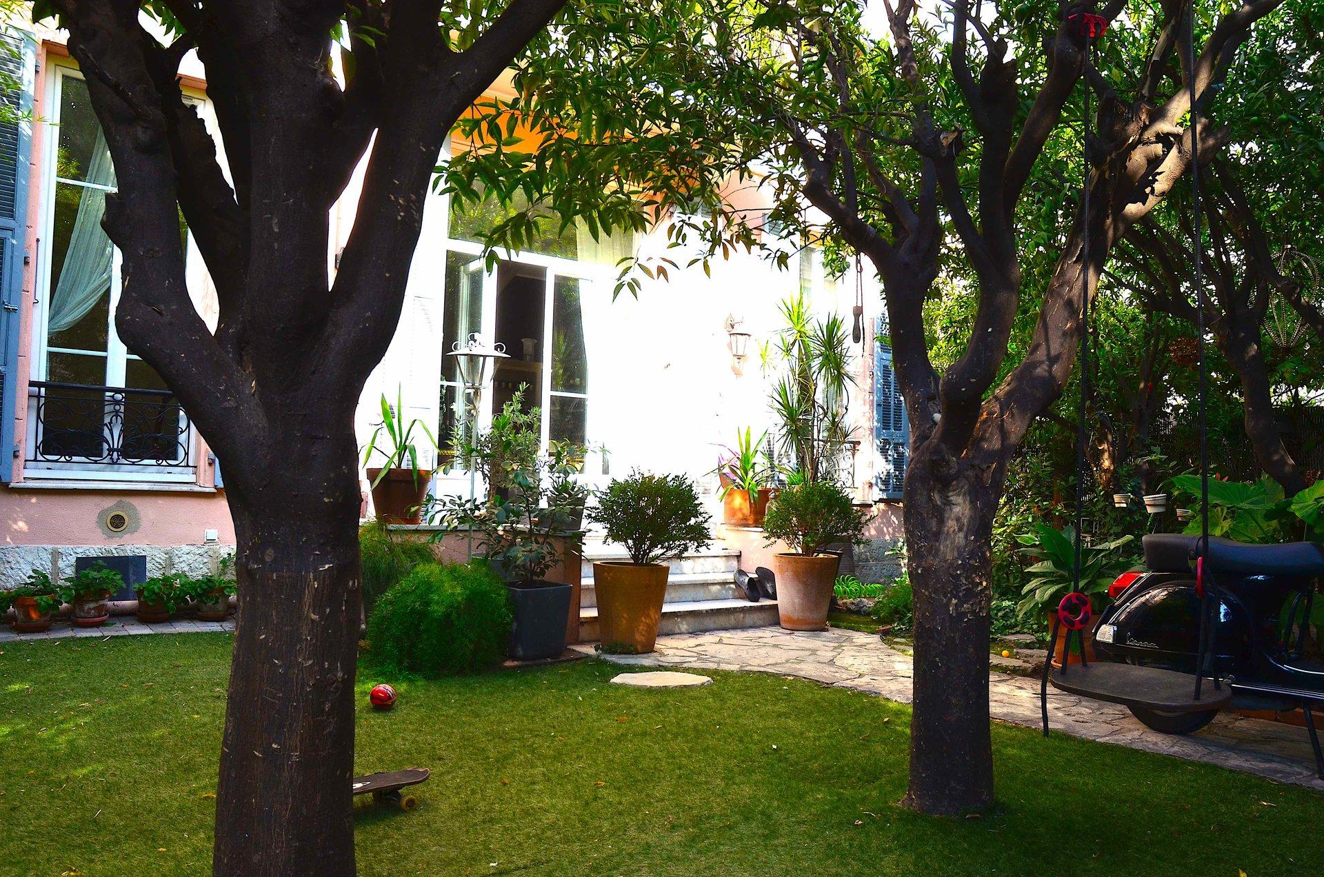 Superde rez-de-jardin Nice Libération