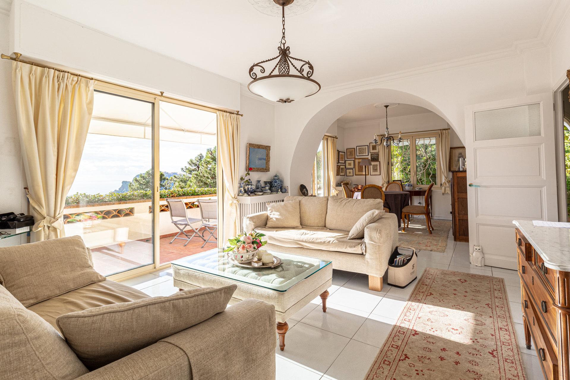 Real estate Côte d'Azur – France – Vaneau – 4