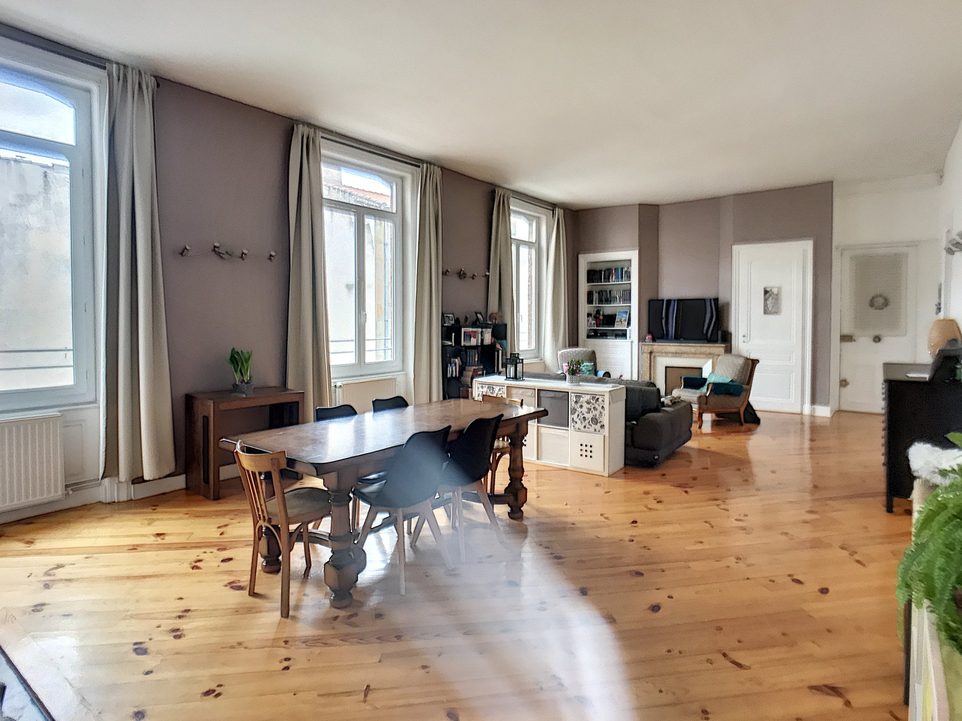 APPARTEMENT F4 HYPER CENTRE