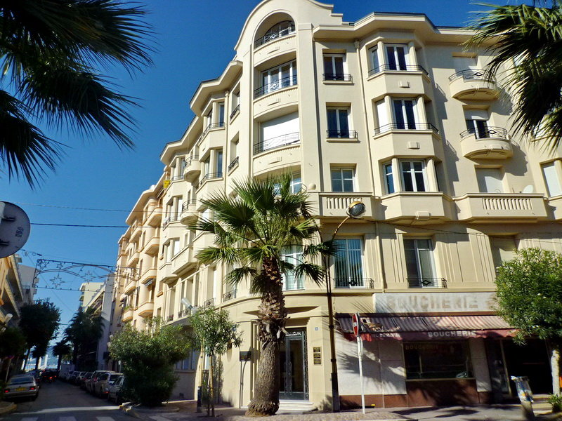 Sale Apartment - Juan-les-Pins Antibes-les-Pins