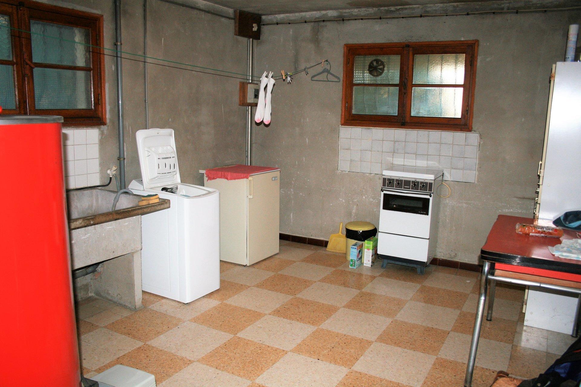 Maison 140 m2, garage, 1438 m2 de terrain