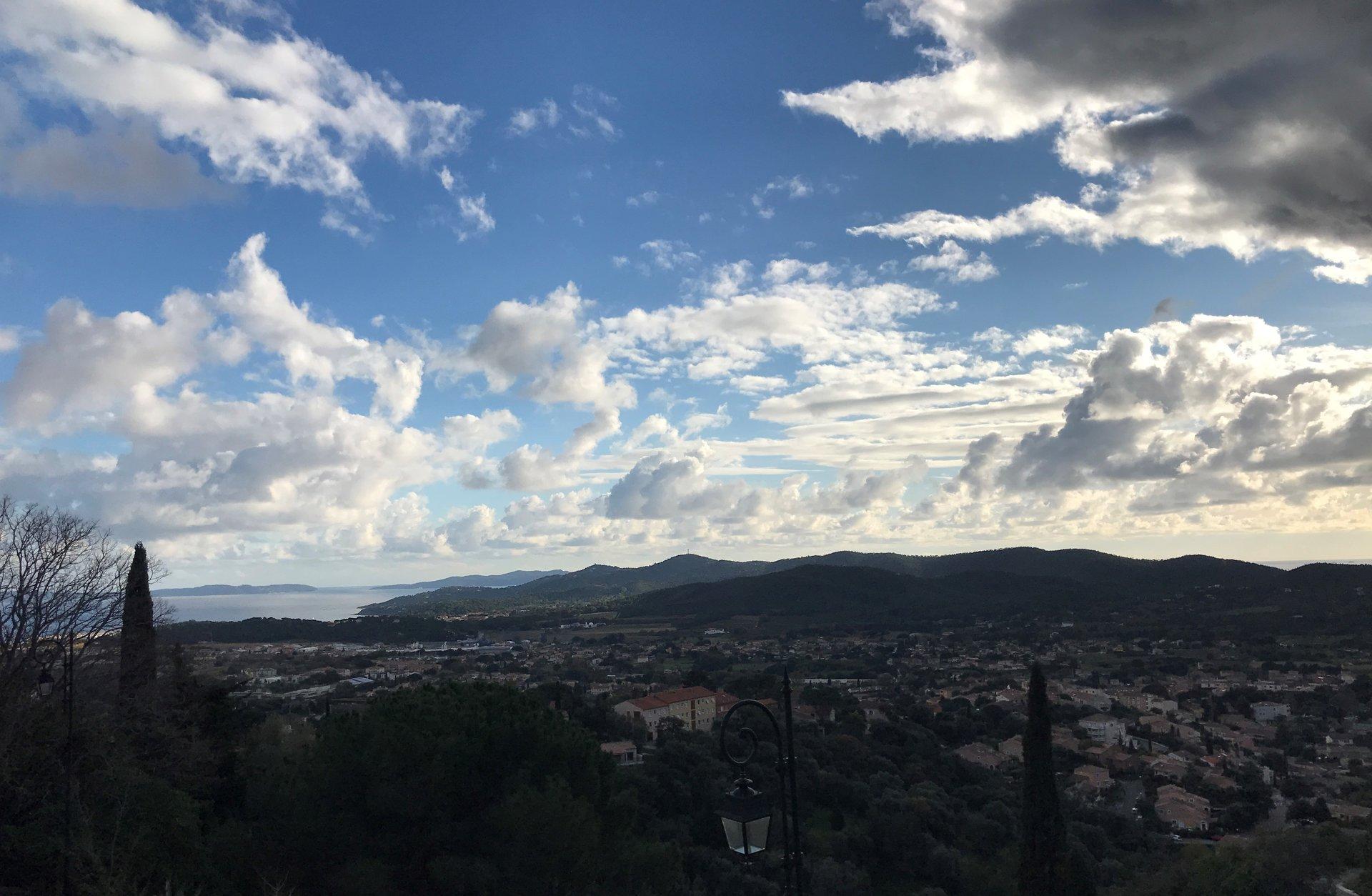 Bormes Village - Joli T3 vue panoramique