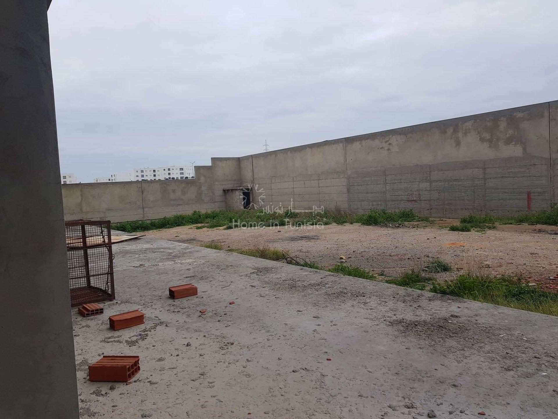 Usine a louer 6000 mètres / zone industrielle el agba