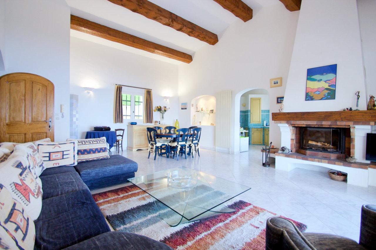 Sainte Maxime - Villa spacieuse avec belle vue mer à 180º .