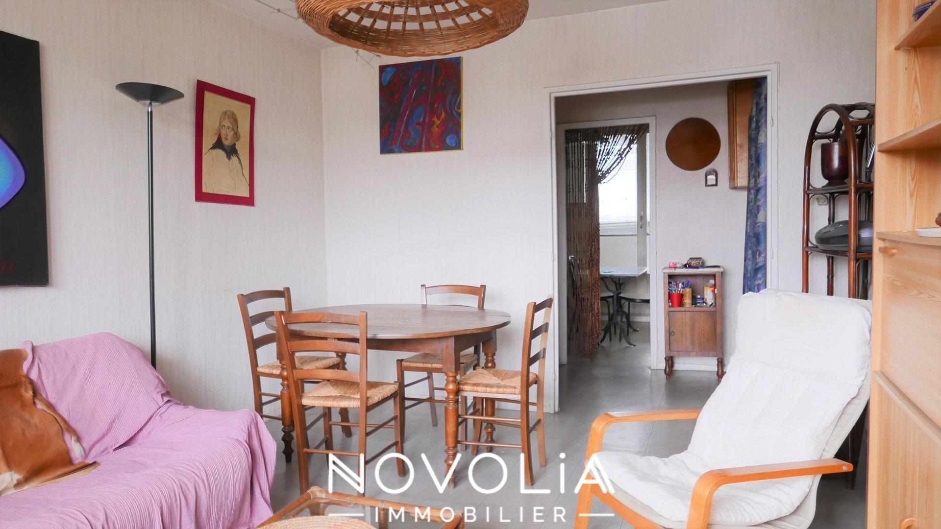 Achat Appartement Surface de 58.7 m²/ Total carrez : 56 m², 3 pièces, Vénissieux (69200)