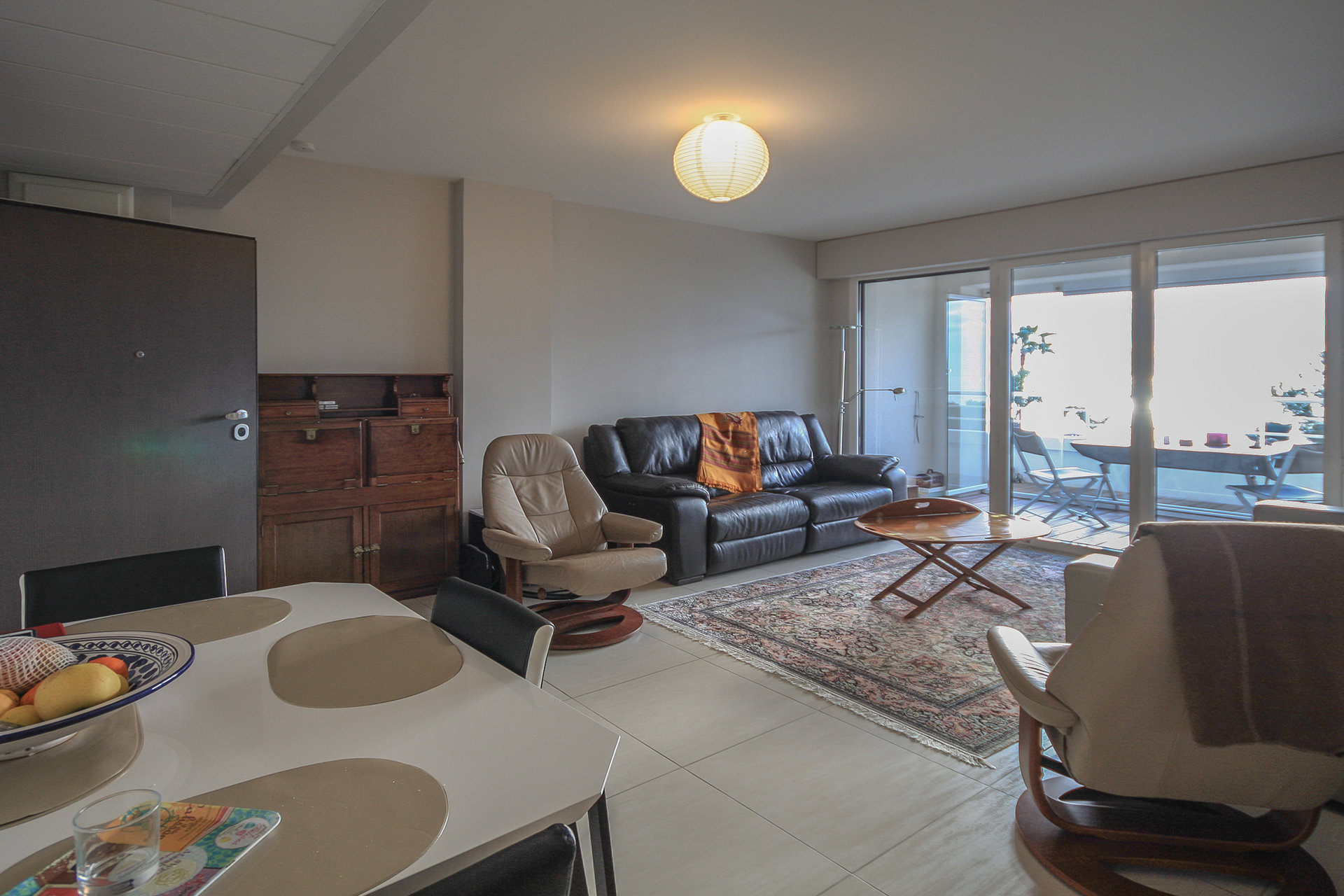 SEA VIEW 3 ROOMS APARTMENT AT SAINT RAPHAEL CLOSE TO THE BEACH