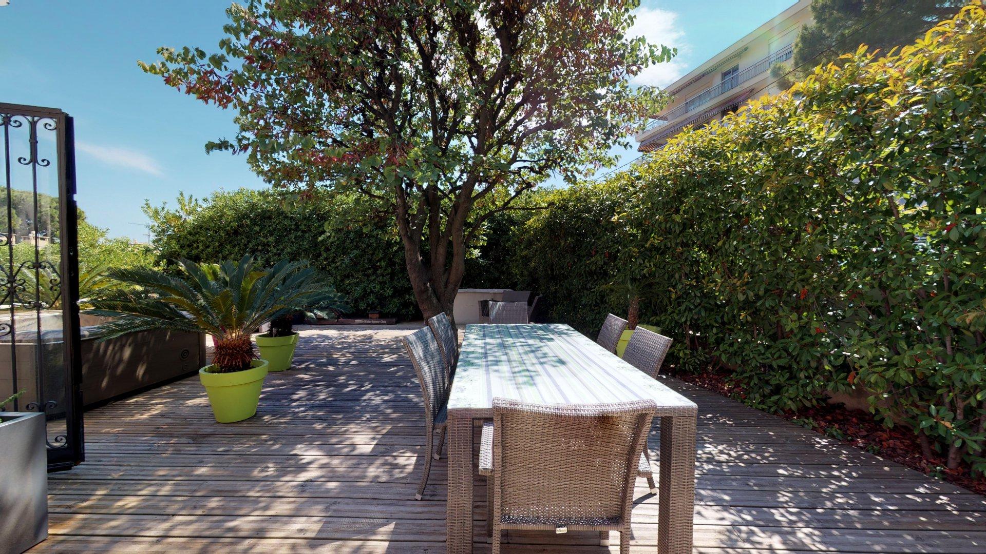A vendre, Villa 8 pièces, Nice Centre - Cimiez