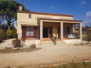 Villa T5 150 m² Env sur 566 m² avec garage atelier