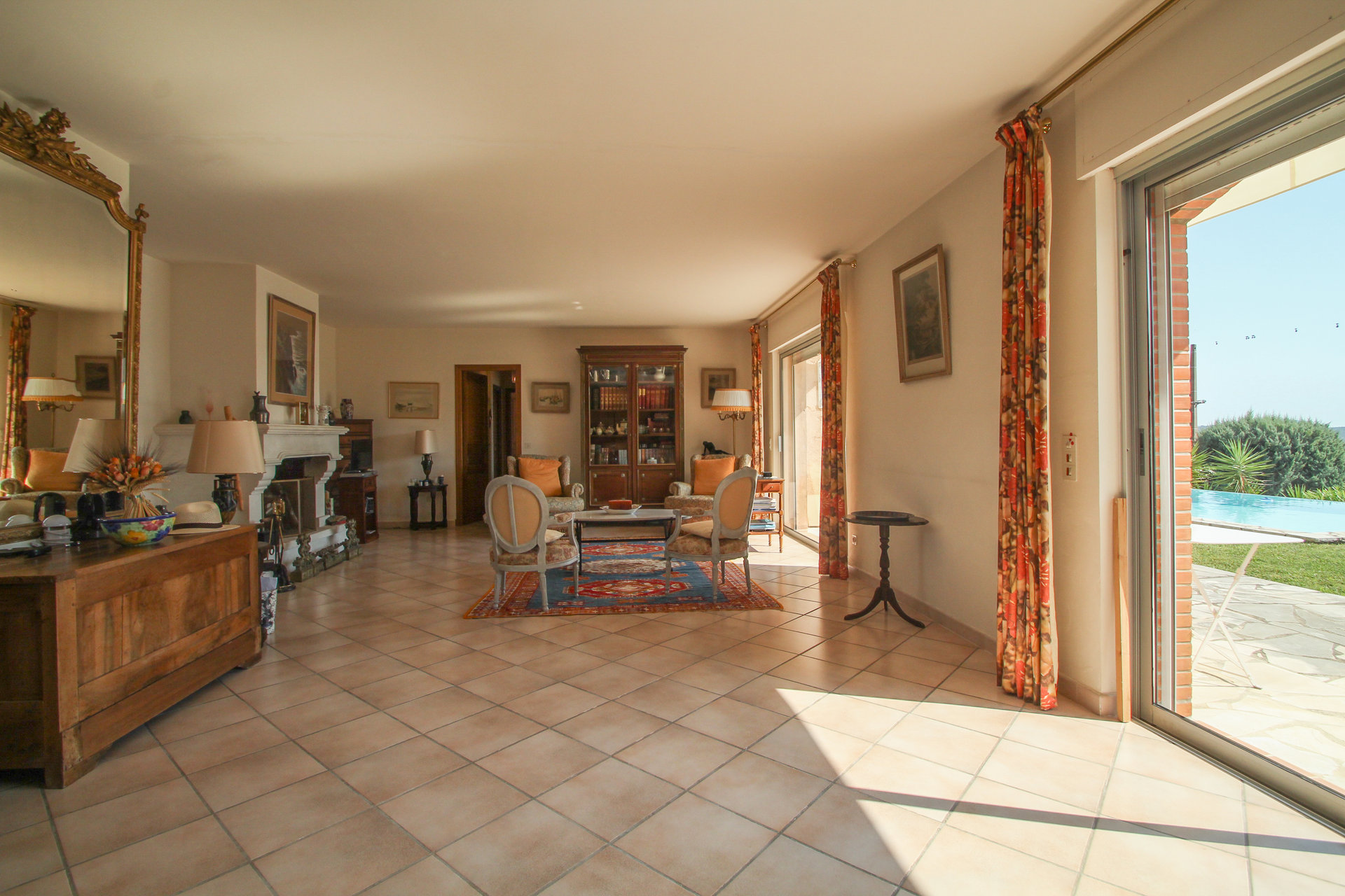Pays de Fayence villa 195m² with stunning views, on a plot of 2500m²