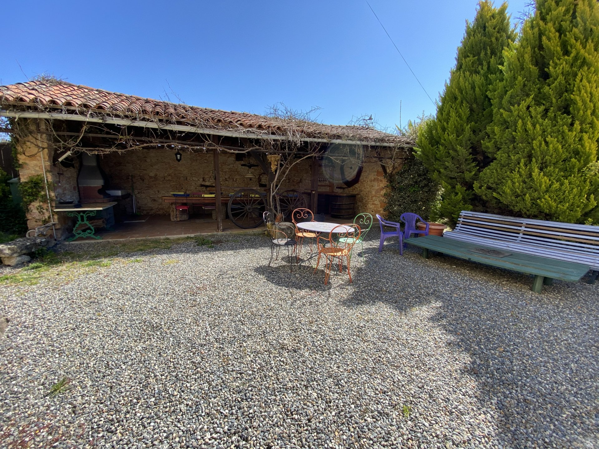 Drop of price!Great property with 2 gites and a swimming pool  close Aurignac