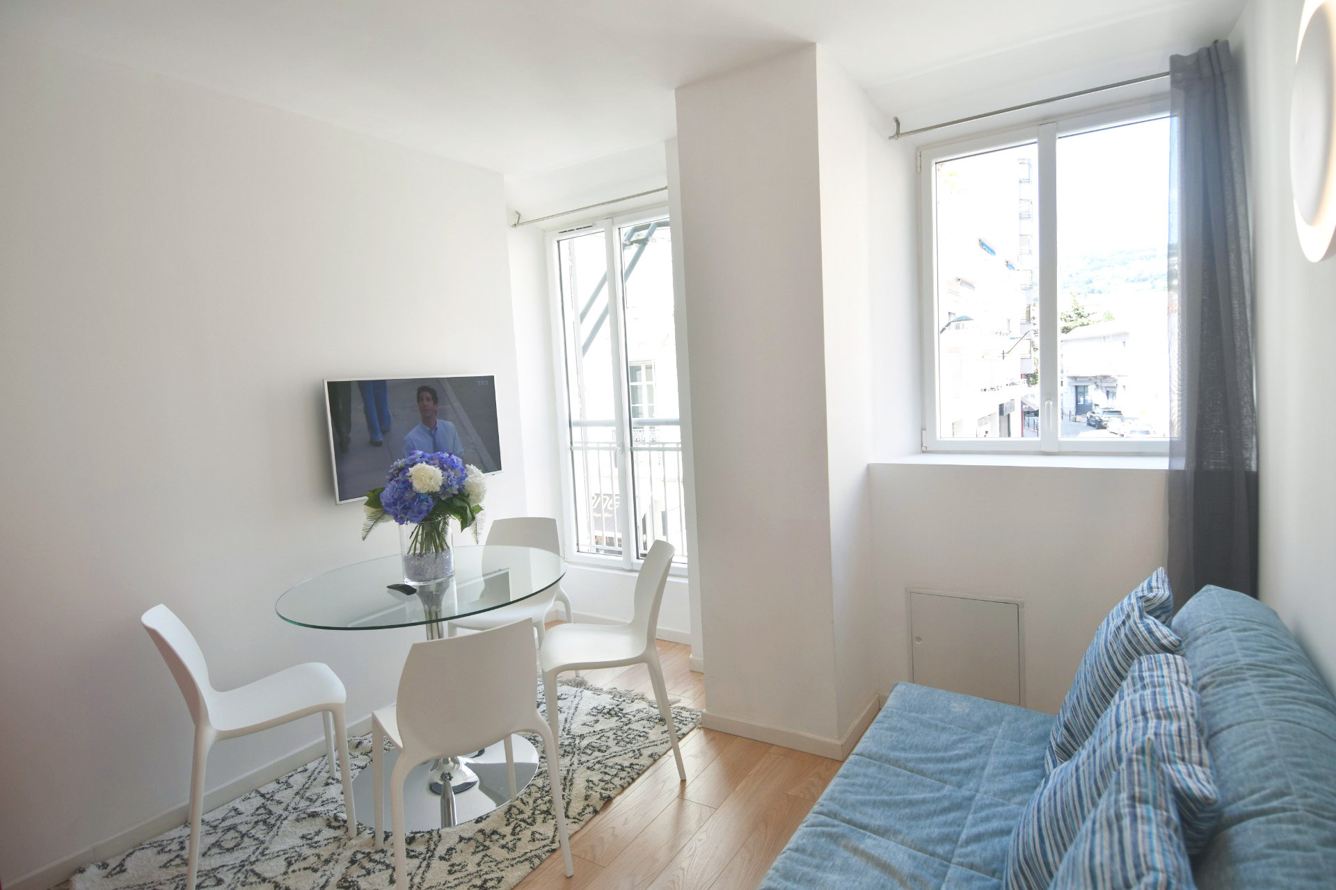 Rentals 1 bedroom close Palais des Festivals.