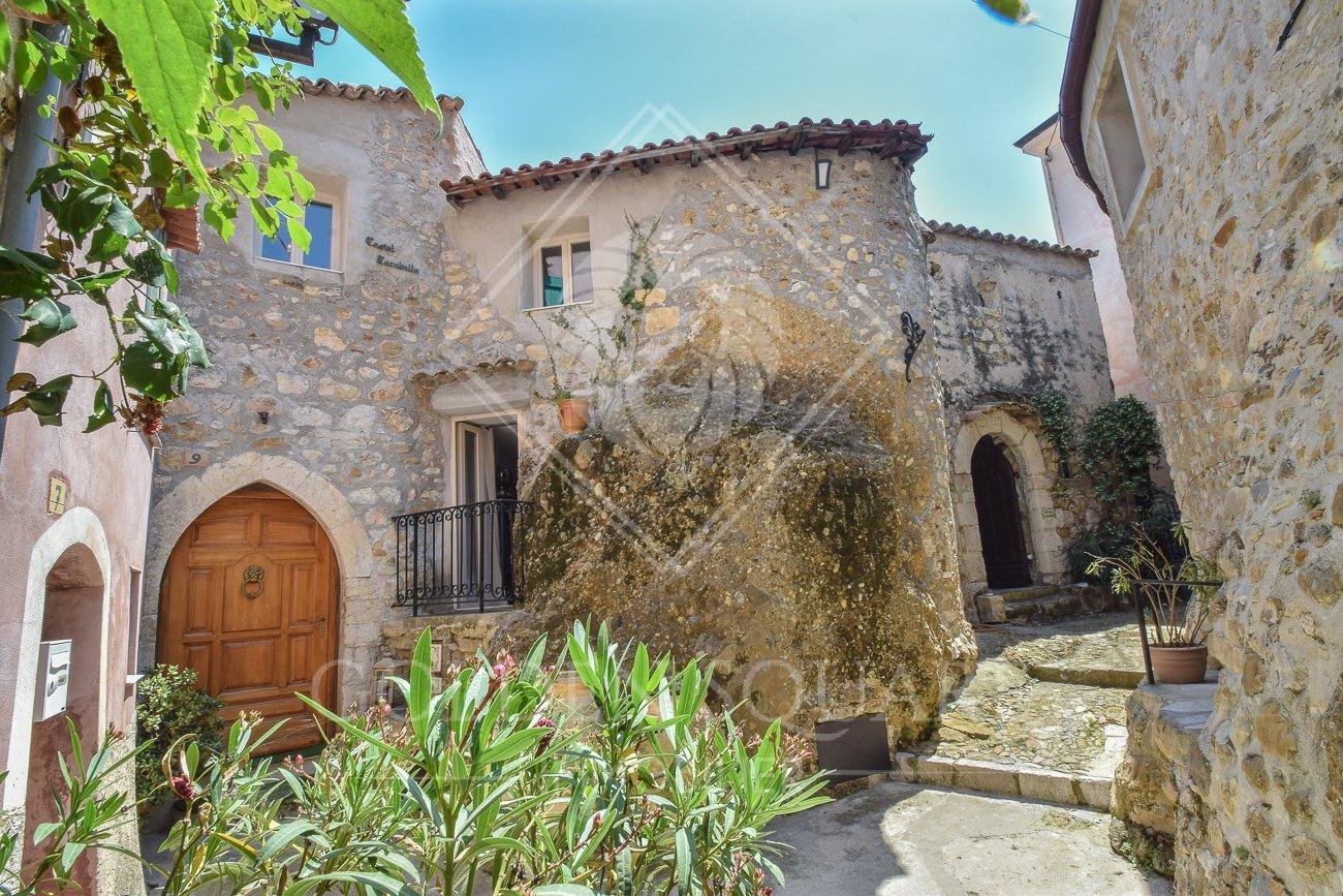 MEDIEVAL VILLAGE - EXCEPTIONAL VILLA APARTMENT 4 BEDROOM