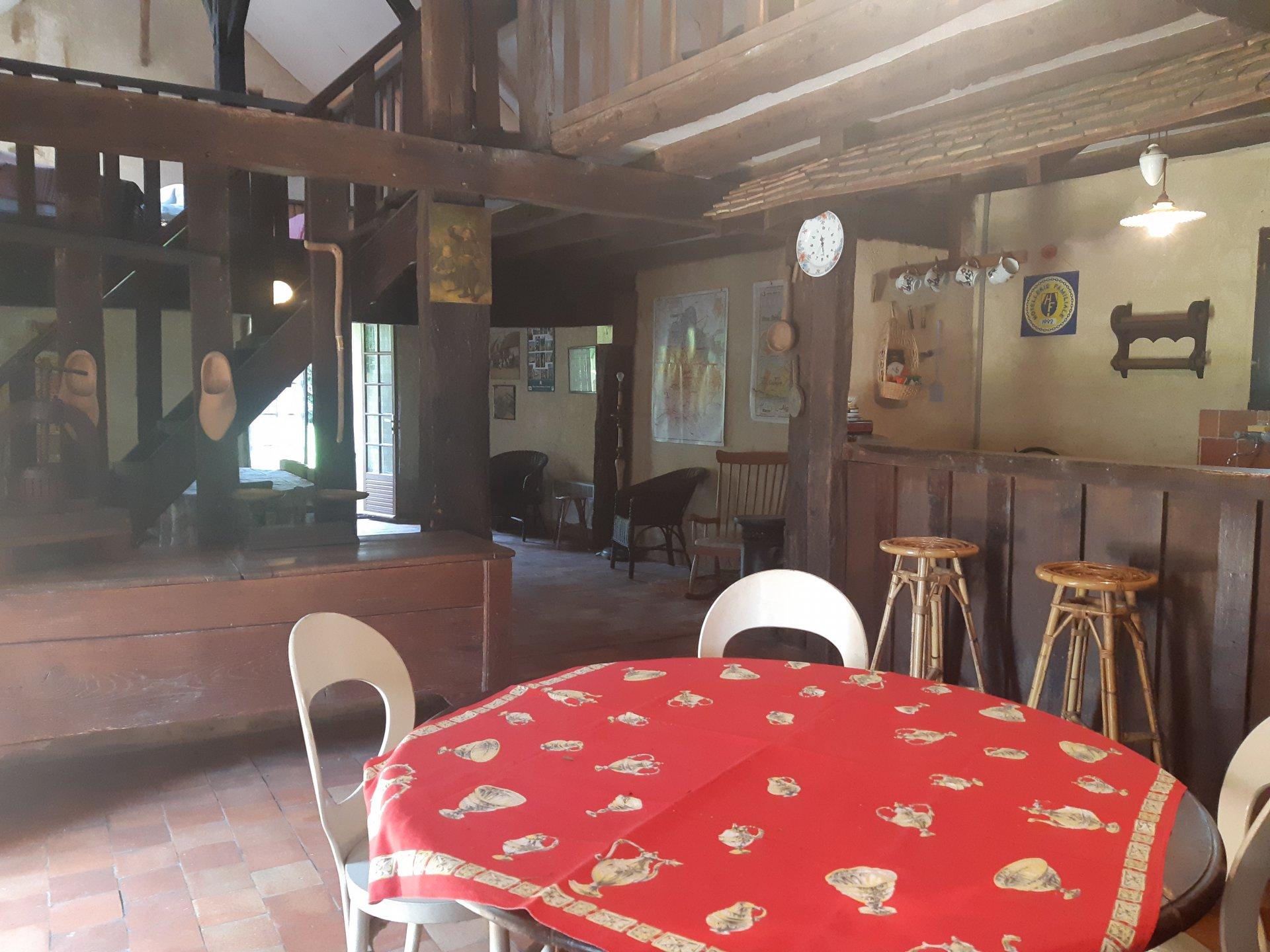 Belle maison de campagne avec terrain arboré
