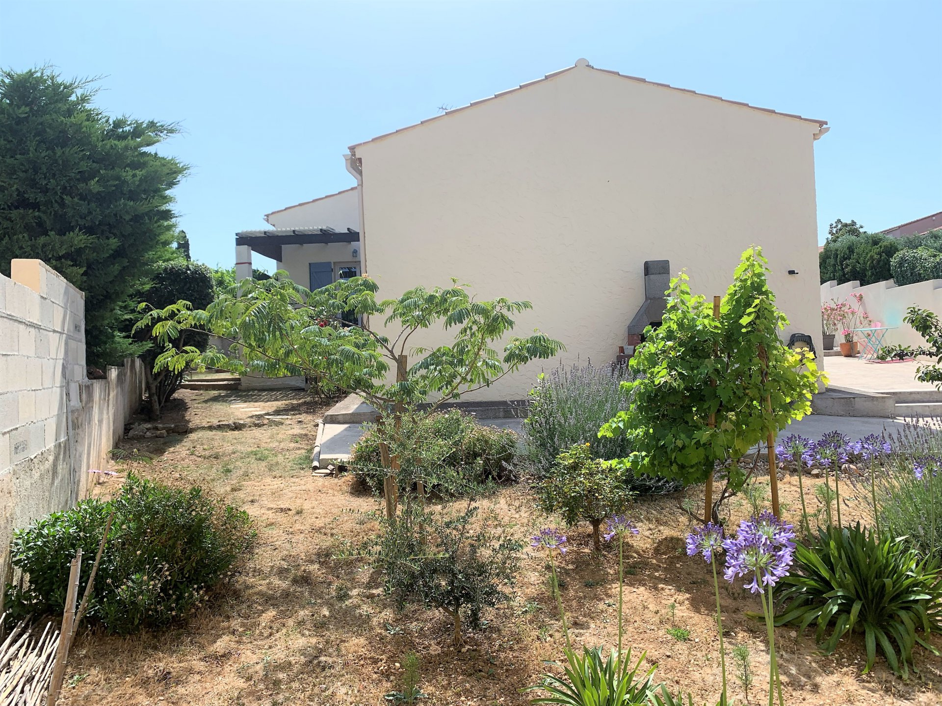 VILLA 4 PIECES  - GARAGEsur 435 m² PORT DE BOUC