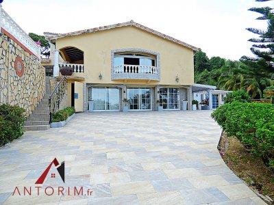EXCLUSIVITE - Somptueuse Villa de Standing + 3 Appartements T3