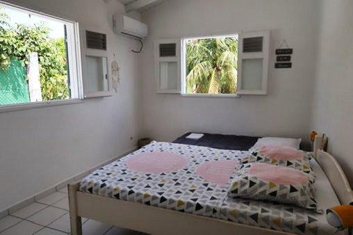 Chambre dans T3 résidence touristique proche plage Sainte-Anne