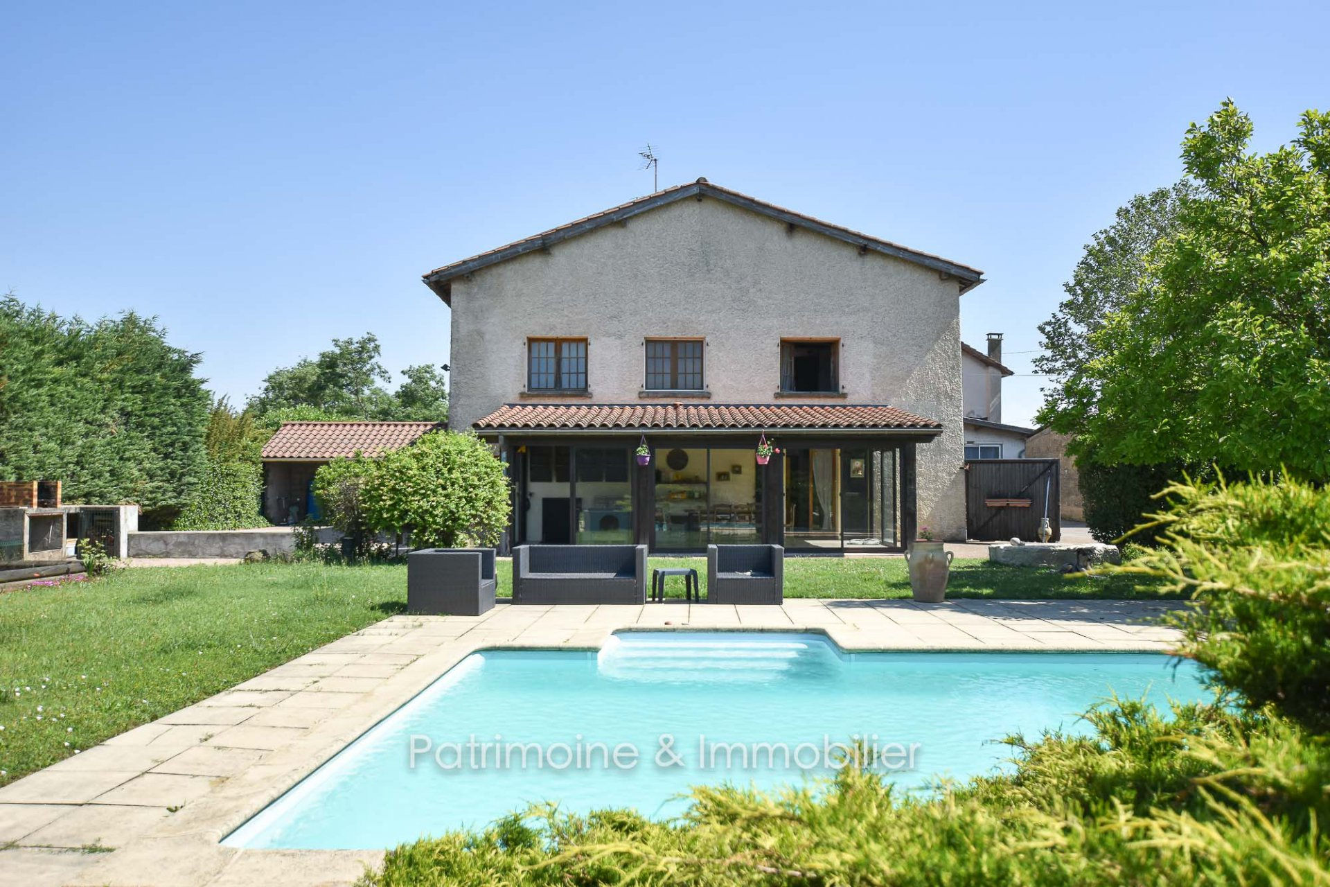 Sale House - Saint-Bonnet-de-Mure