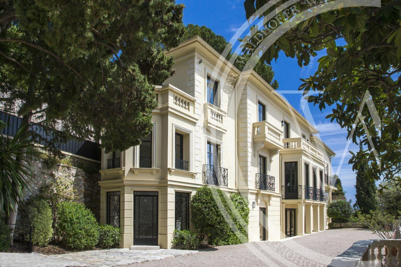 Villa Shangri -La